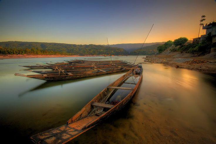Jaflong Sylhet Bangladesh Has Lots Of Beautiful Places To Visit Travel In Bangladesh See