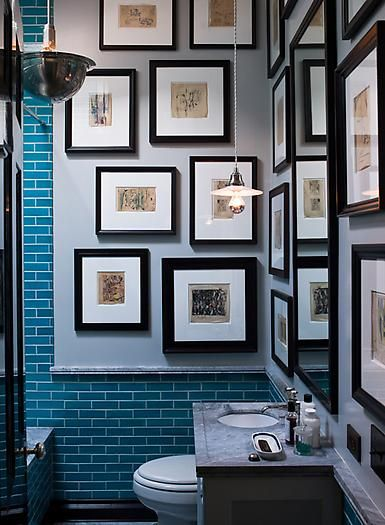 Both the #customframed #art and tile work in this bathroom create a stunning statement. Perfection!