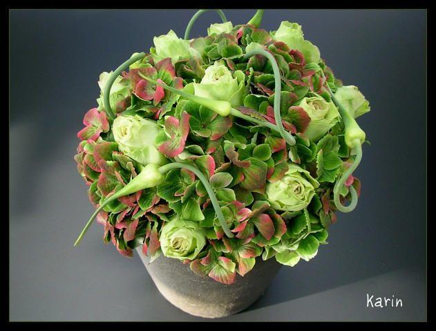 Bloemenarrangement maken met hortensia - bloemschikken met Alliums of sieruien met uitleg van werkwijze