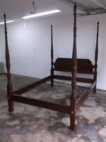 Ethan Allen Queen 'Georgian Court' cherry Rice Poster Bed