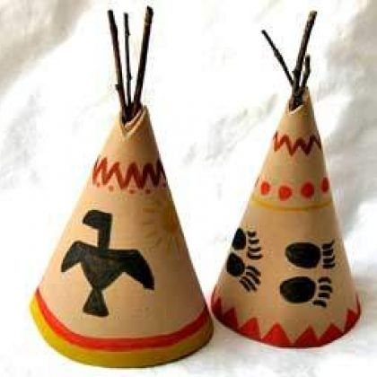 Teepee Centerpiece...if you don't want to use craft foam for the teepee, construction paper is an alternative.