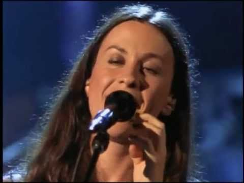 Alanis Morissette - Thank You (Live) ... Encourages me to continue with my meditation practices.