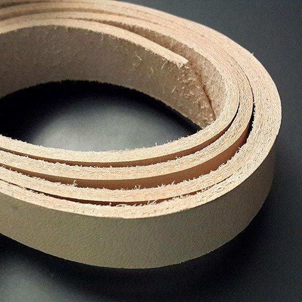 Заготовка для ремня под тиснение, 150-160 см. Для пряжки 38 или 40 мм.