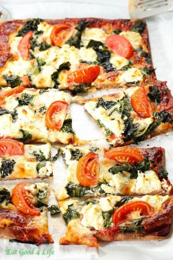 Kale Goat Cheese Pizza | 22 High-Protein Meatless Meals Under 400 Calories