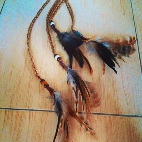 Косички с перышками)) Везу из Тая кучу перьев, буду вплетать их в косички #перья #перо #косы #косичкиСперьями #афропрически #афрокосы #афрокосички #индеец #braids #braid #feather #fashion #работаАлисыБелочкиной #afaricanbraids #AlisaB #AlisaBelochkina