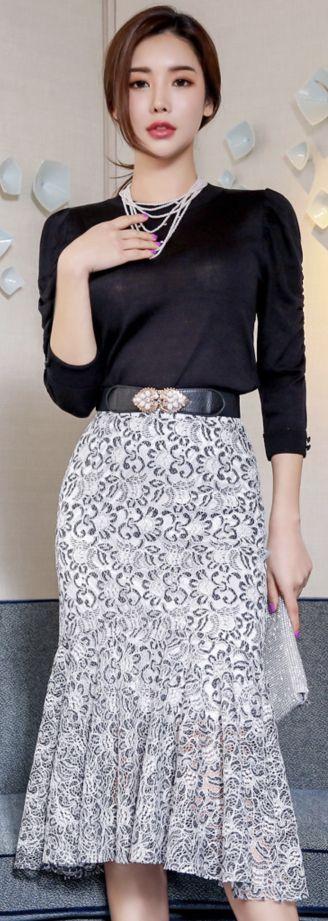 StyleOnme_Floral Lace Mermaid Hem Skirt #floral #lace #flounced #skirt #feminine #chic #koreanfashion #kstyle #kfashion #springtrend #seoul