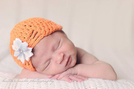 Baby girl turban hatCrochet hat for baby by LaBottegaDiViviana, €12.00