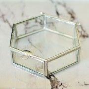 Szklana szkatułka na biżuterię sześciobok | Sklep | ReBelle