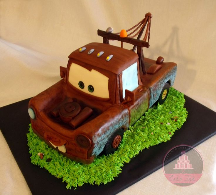 ideas about Mater Cake on Pinterest  Tow mater cake, Disney cars cake ...