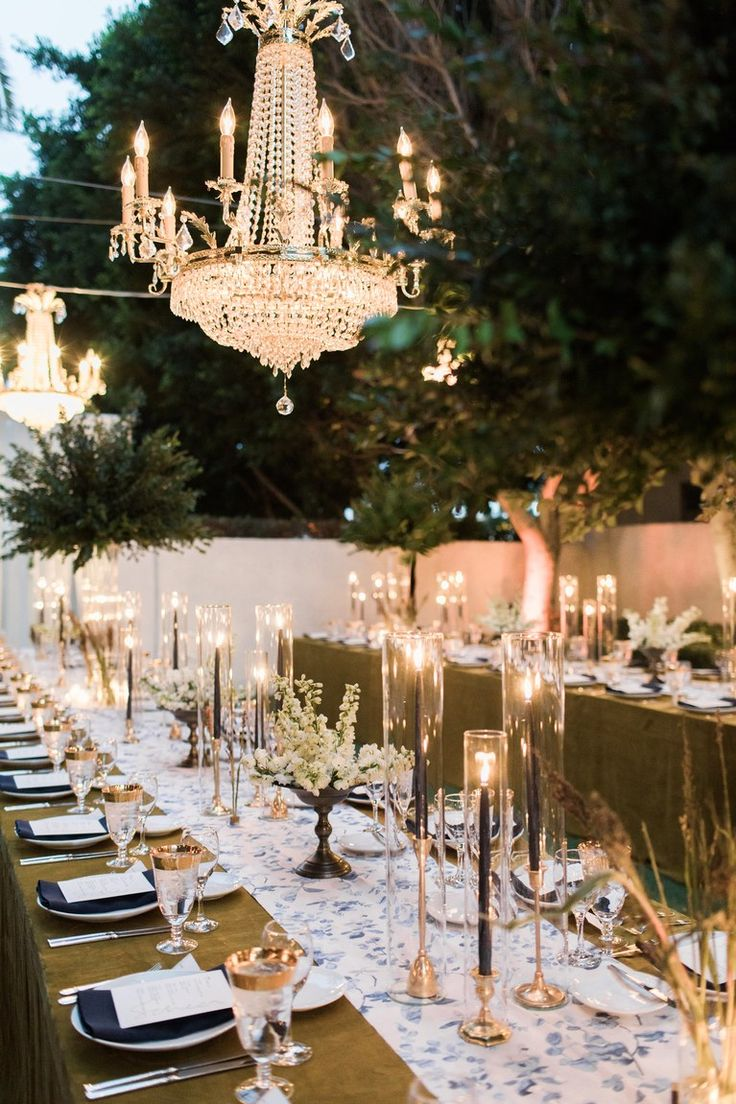 A Chic Dinner Party Wedding in Palm Springs (With images