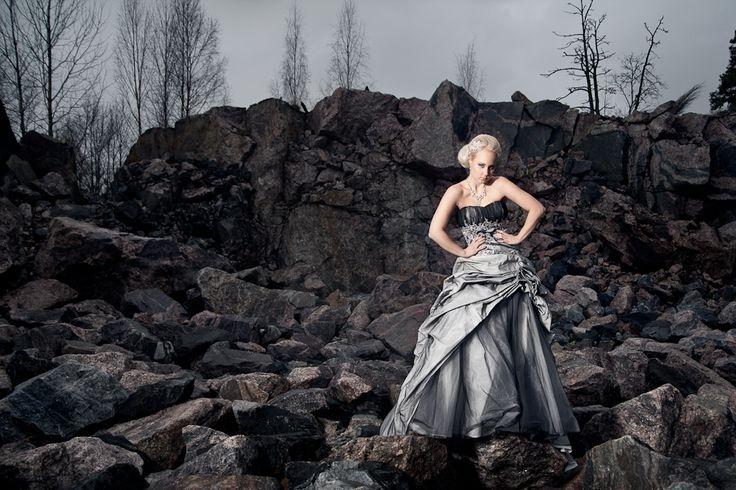 Atte Tanner photography  Accessories, MakeUp Nina/Ninka.fi Model Maare