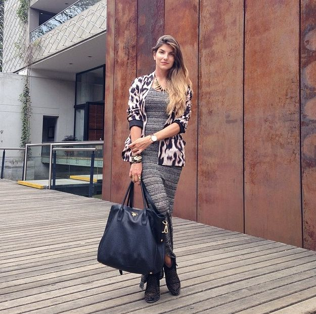 Colombian blogger FASHIONLESSONS teaching us a thing or two about style in Medellín today, wearing La Pacifica Gold bracelet. http://fashion...
