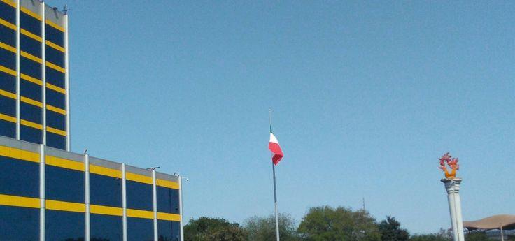 Celebrando la independencia de México. Rectoría UANL.