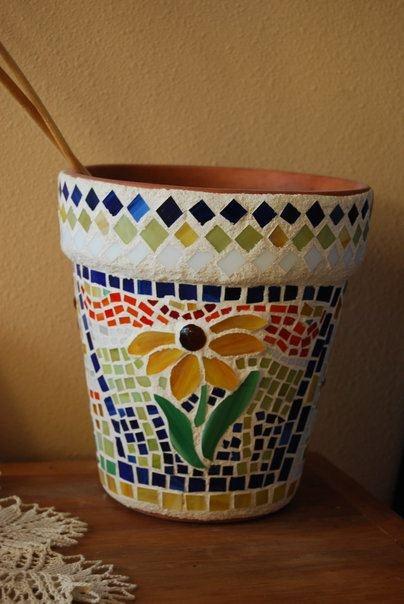 Mosaic glass flower pot Harrachglass.blogspot.com