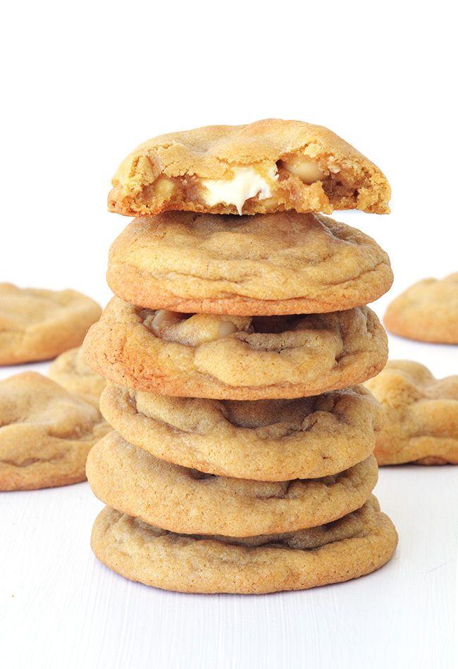 The BEST white chocolate and macadamia cookies Sweetest Menu