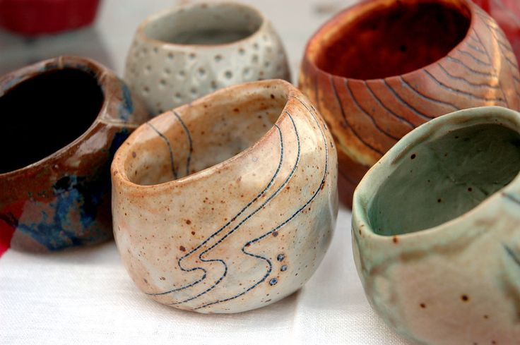 91 best images about pinch pots on pinterest ceramics for Cute pottery designs