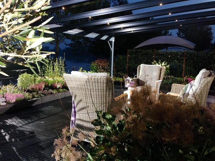 TERRADO terrasoverkapping met geïntegreerde zonwering en led-verlichting…
