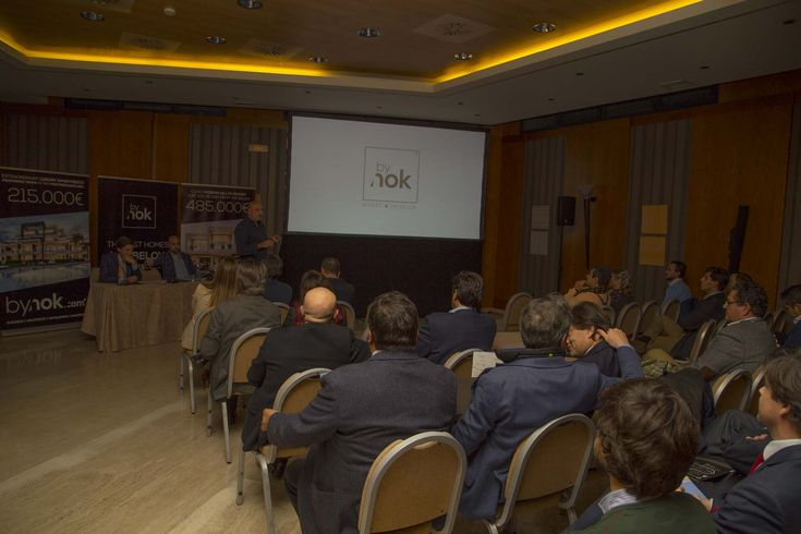 "KEYNOTE ""Es hora de ganar"" in Hotel Córdoba Center. WE ARE JUST PRESENTED OUR REAL ESTATE PRODUCTS IN CÓRDOBA!"