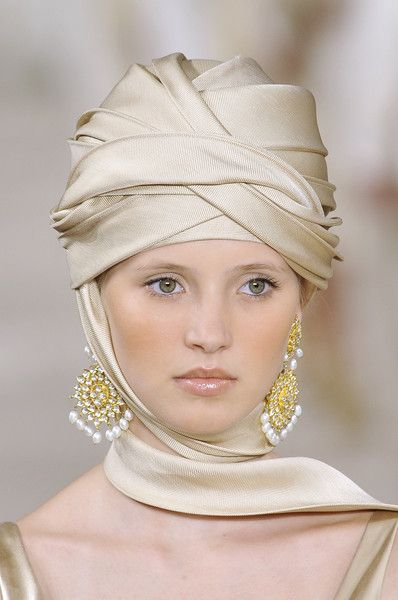 Ralph Lauren Spring 2009 Details hijab, ideas for photo shoots, muslim, modest clothing, hijab style, fashion, хитжаб