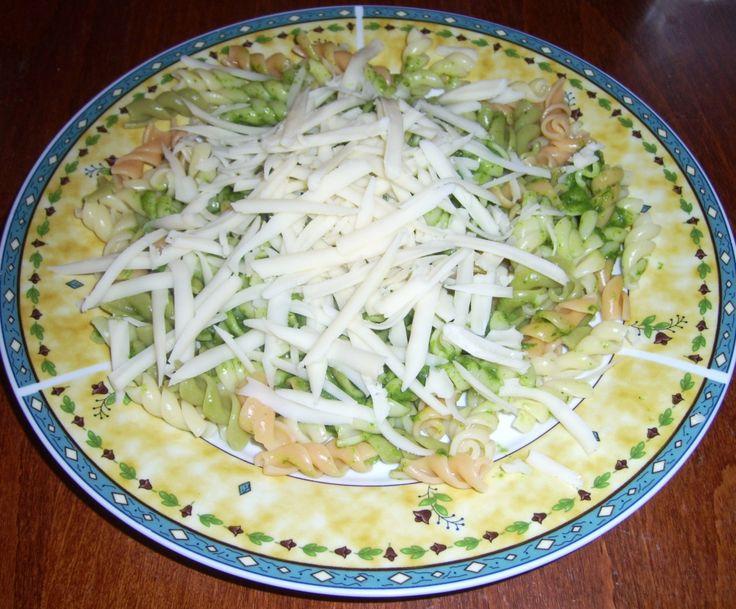 Tejszínes-spenótos tészta -- receptek365.info
