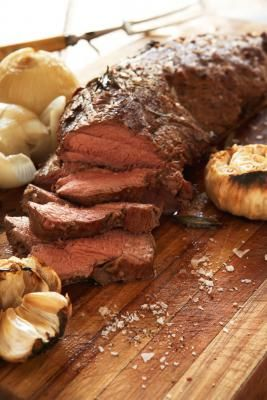 How to Cook a Roast on a Weber Q | eHow UK