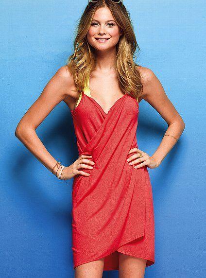 Red V Neck Spaghetti Strap Backless Beach Dress - Sheinside.com
