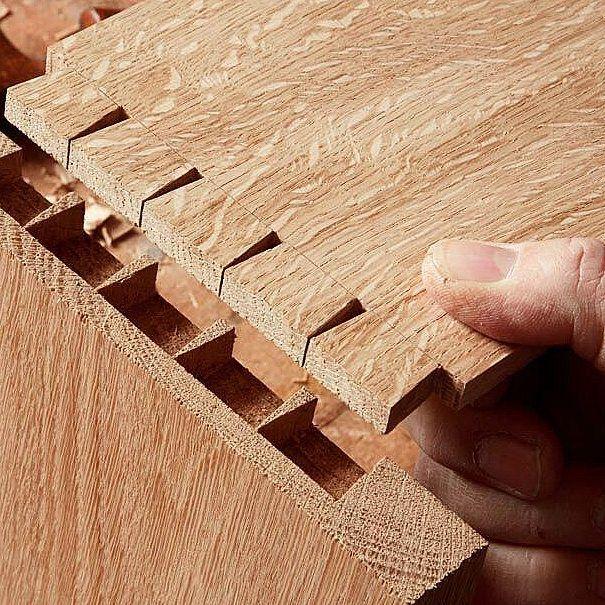 """가인리빙 """"자연에 생각을 담다."""" GAIN LIVING : God is in the detail. : : #gainliving #furniture #detail #joint #원목가구 #원목가구브랜드 #가인리빙 #디테일 #운정가구단지 #행복한가구 #원목가구전문매장 #수작업 #비움 #채움 #수제원목가구 #행복한시간 #행복한가구 #북유럽스타일 #북유럽디자인 #홈인테리어 #홈스타일링"""