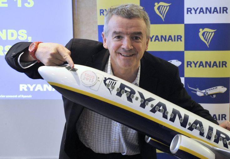 Ryanair hará vuelos trasatlánticos por 15 euros.  La aerolínea de bajo coste ha confirmado que el servicio podría estar a la venta «en unos cuatro o cinco años». Volarán desde «12 o 14 ciudades europeas» a otras tantas de Estados Unidos.