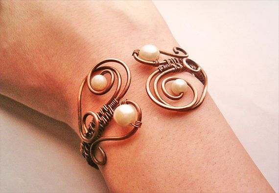 Bracelet Wire Wrapped Copper Jewelry Handmade by GearsFactory, €18.00