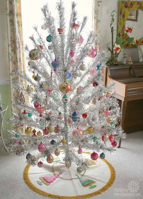 Vintage aluminum Christmas tree -- oh so this is what they are talking about in Charlie Brown!!
