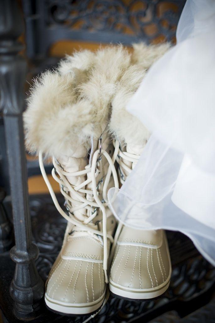 Winter Wedding Ideas Keywords: #weddings #jevelweddingplanning Follow Us: www.jevelweddingplanning.com  www.facebook.com/jevelweddingplanning/