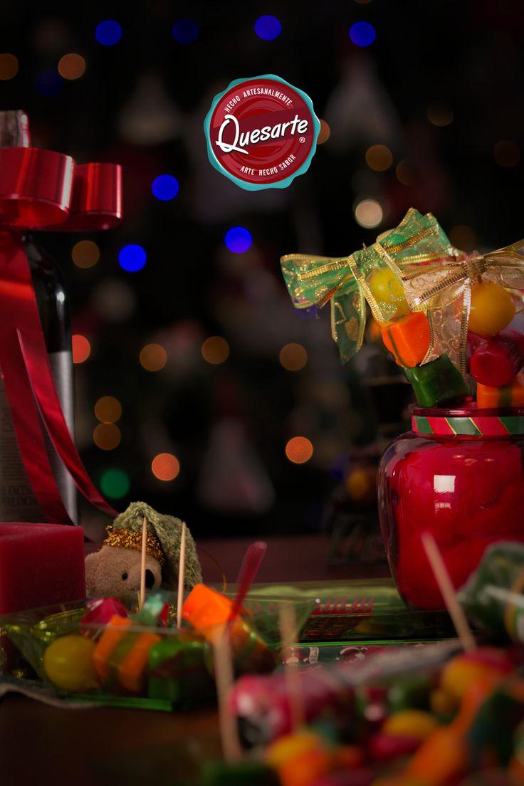 Aprende trucos sencillos y económicos para la decoración de mesas de fin de año en www.ideasquesarte.com