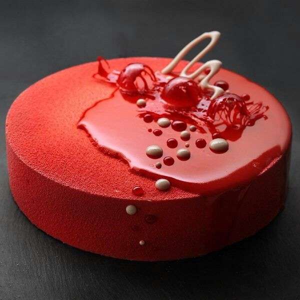 Red mousse cake