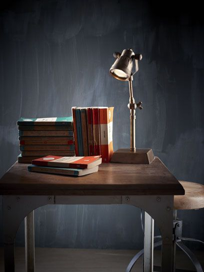 Hannover Desk Lamp Ant Brass