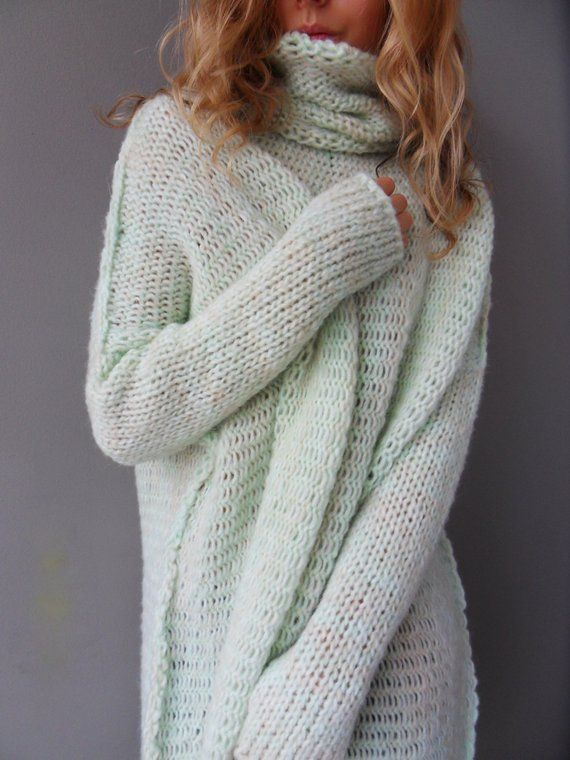5ac59a8d3ef Oversized Chunky knit sweater / tunic. Slouchy / Bulky/ Loose knit ...