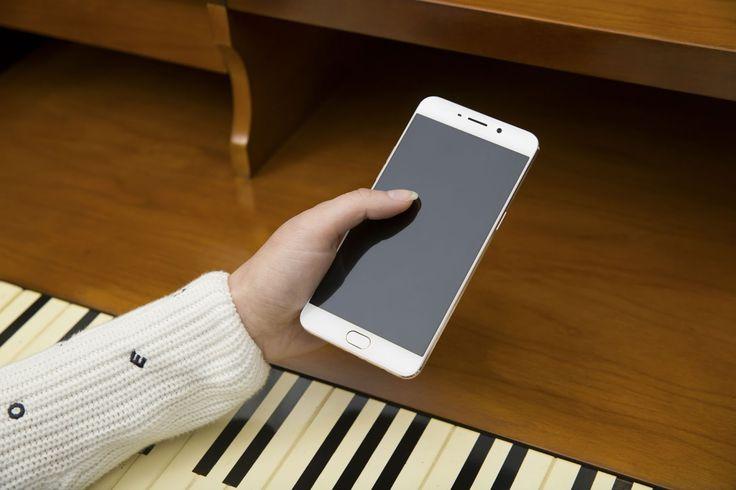 Oppo F1 Plus, Smartphone Canggih Untuk Para Pecinta Selfie