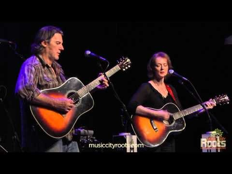 "Laura Cantrell ""Kitty Wells Dresses"""