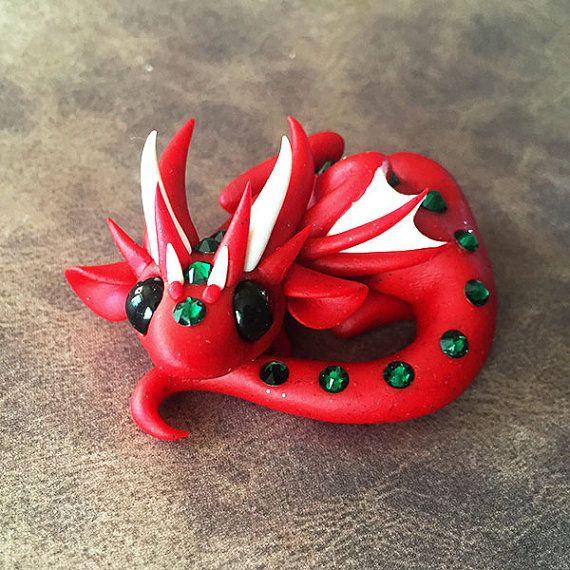 Red and Green Dragon von DragonsAndBeasties auf Etsy