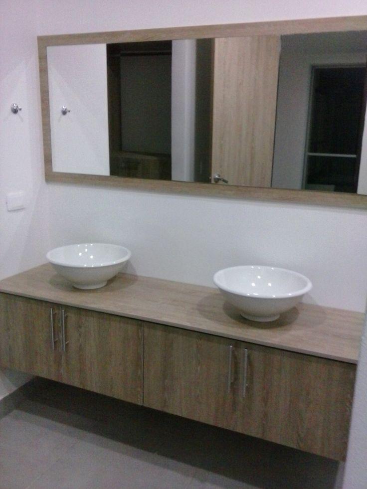 Las 25 mejores ideas sobre lavamanos con mueble en - Como hacer mueble de bano ...