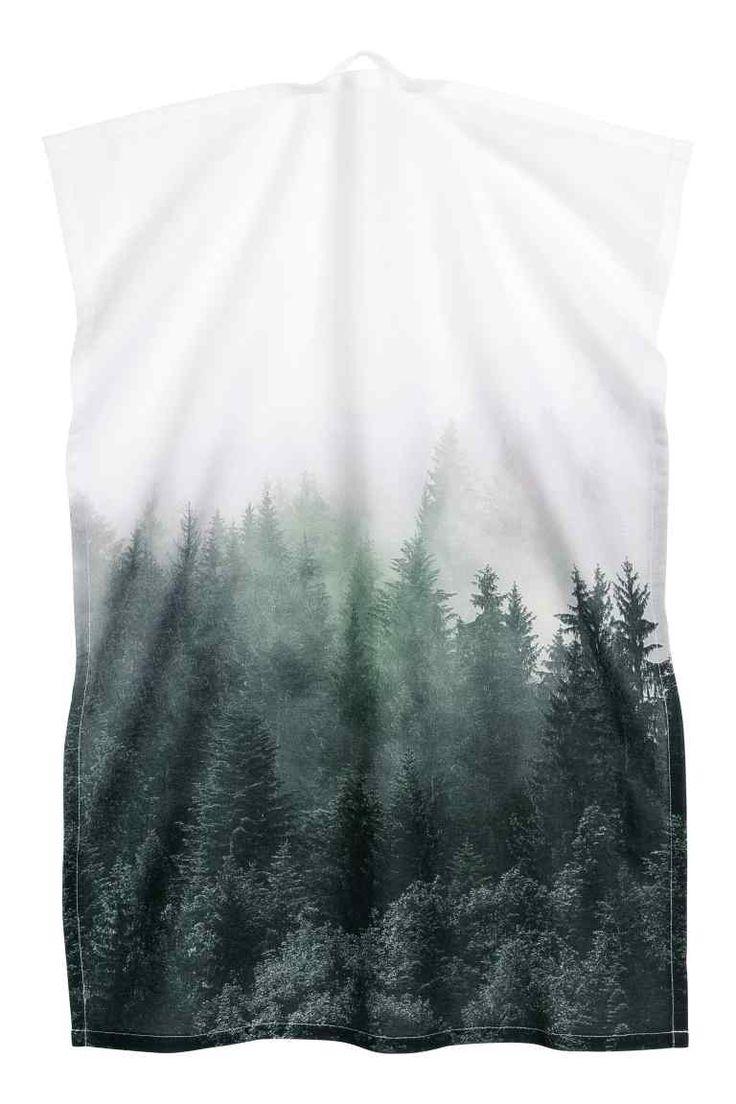 Ręcznik kuchenny z motywem: CONSCIOUS. Ręcznik kuchenny z ekologicznej bawełny z nadrukiem motywu. Zawieszka na jednym krótkim boku.