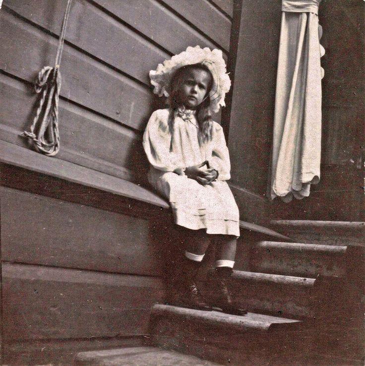 Grand Duchess Anastasia Romanov, 1906