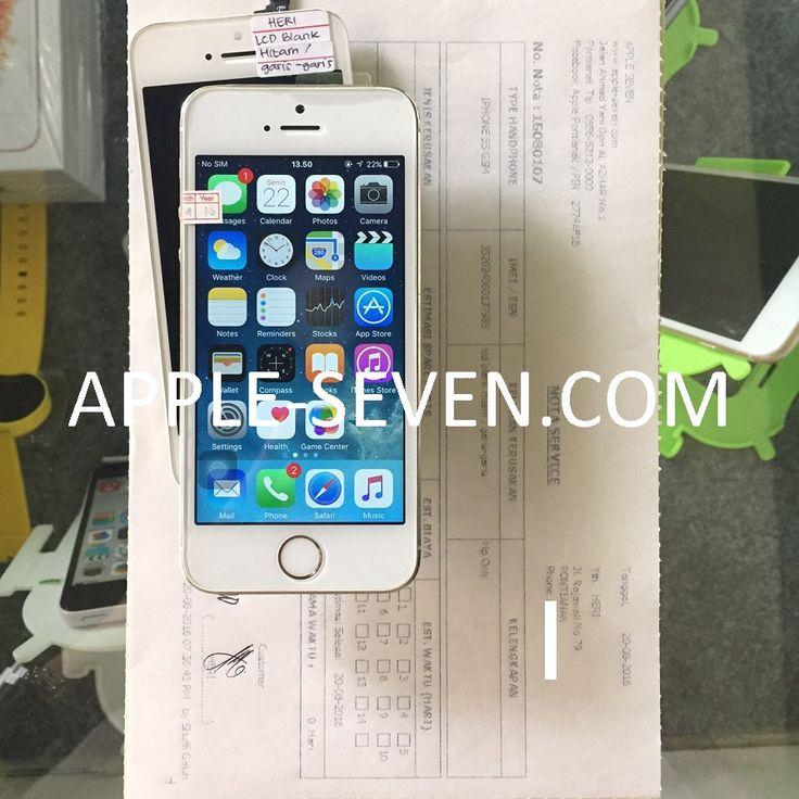 iPhone 5S LCD blank hitam dan garis garis atas nama Bapak Heri   Apple Pontianak