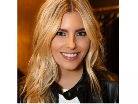 Perfect The Saturdays' Mollie King Dewy Make-Up Look