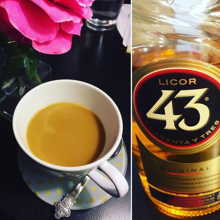 Carajillo = espresso  licor 43