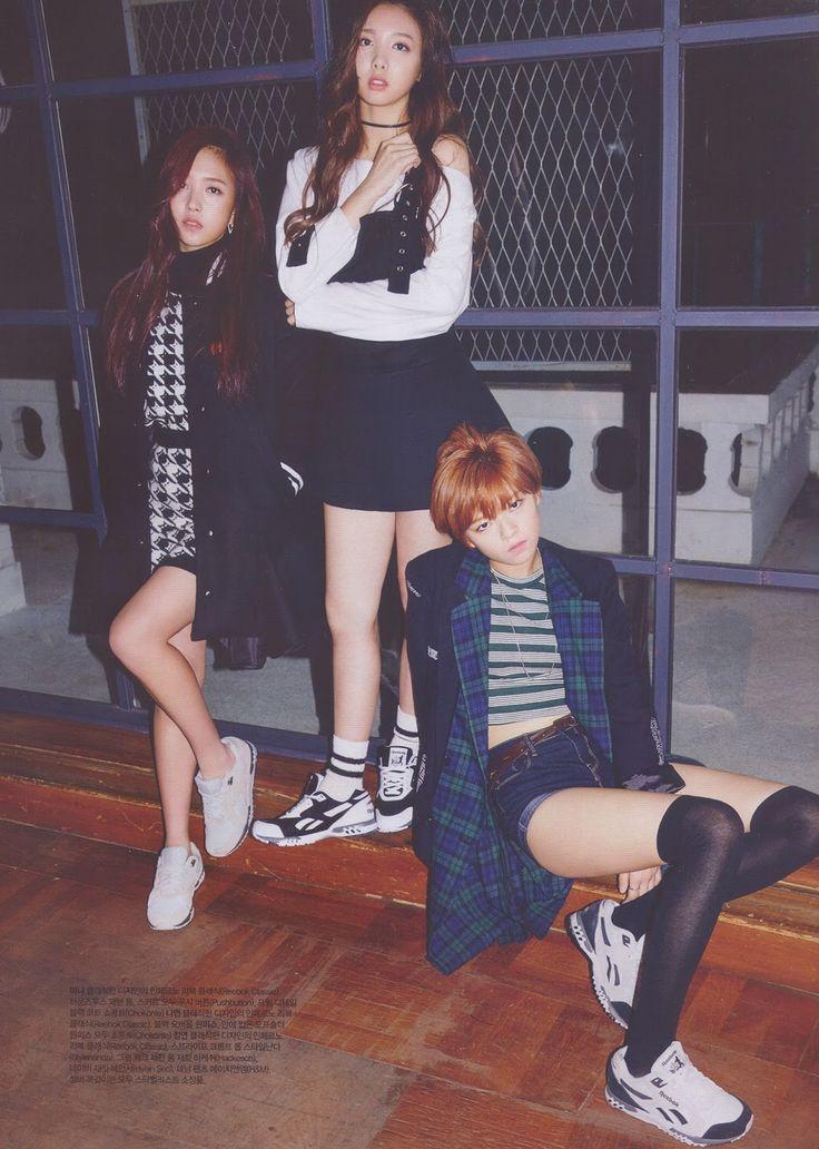 [Must-See] TWICE on CECI Magz Photoshoot | Update Korean Celebrities Selca