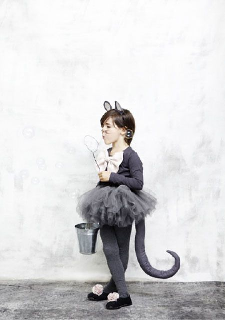 tights, tutu, ears--great ideas for a cute mouse