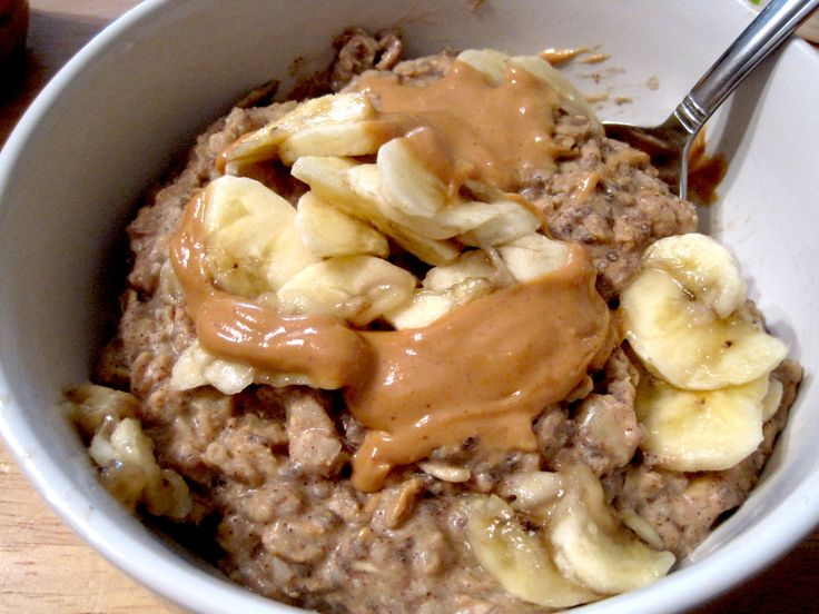 peanut butter banana protein oatmeal