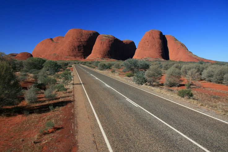 NEW! Awesome Australian 2WD Road Trips: Alice Springs to Uluru (Ayers Rock) on the Stuart Highway