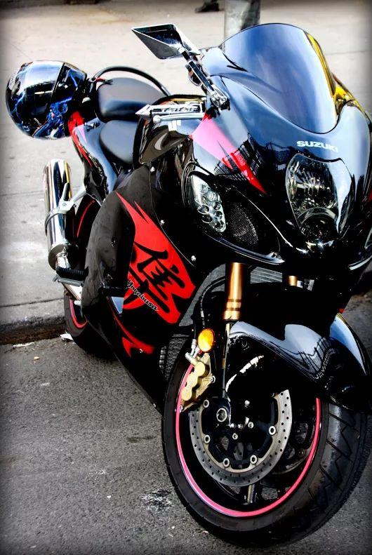 Suzuki Hayabusa Sports Bike HD Wallpaper   Bikes   Pinterest ...