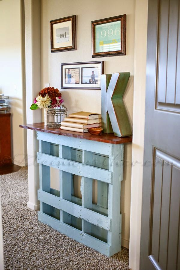 Console Table Made From Pallets   -   #pallets  #table  #palletproject  #palletprojects  #furniture